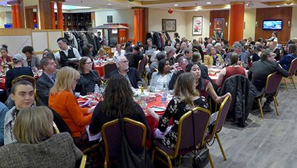 dining room_people_web